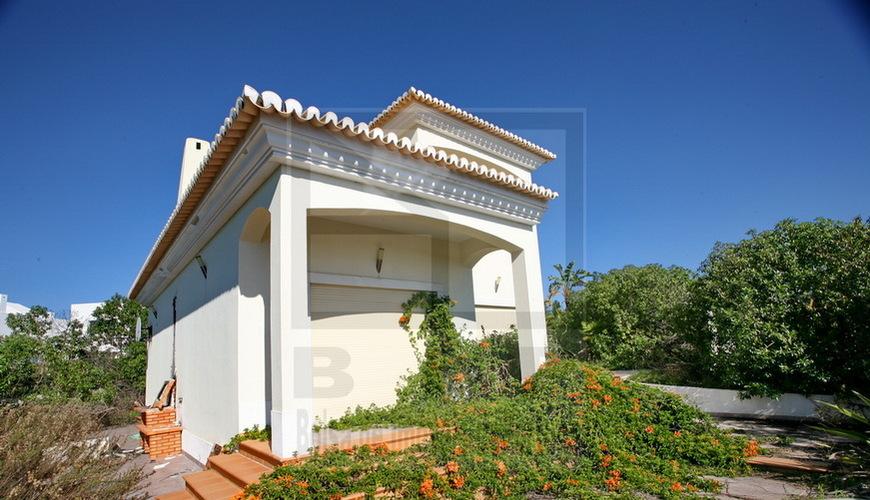 Algarve lagoa maison r nover pr s de la plage excellent investissement - Renover une maison pas cher ...