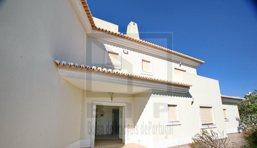 Algarve lagoa maison r nover pr s de la plage excellent for Acheter maison a renover