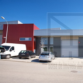 entrepôt industriel Loule