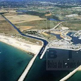 Terrain en Vilamoura Algarve excellent emplacement pour copropriété