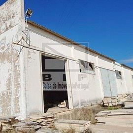 portimao complexe industriel a vendre bon acc�s � la route nationale 125 et la route rapide A22