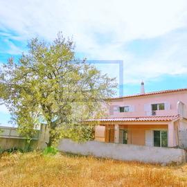 Villa à la campagne à deux pas du centre-ville de Loulé- Récupération de la banque